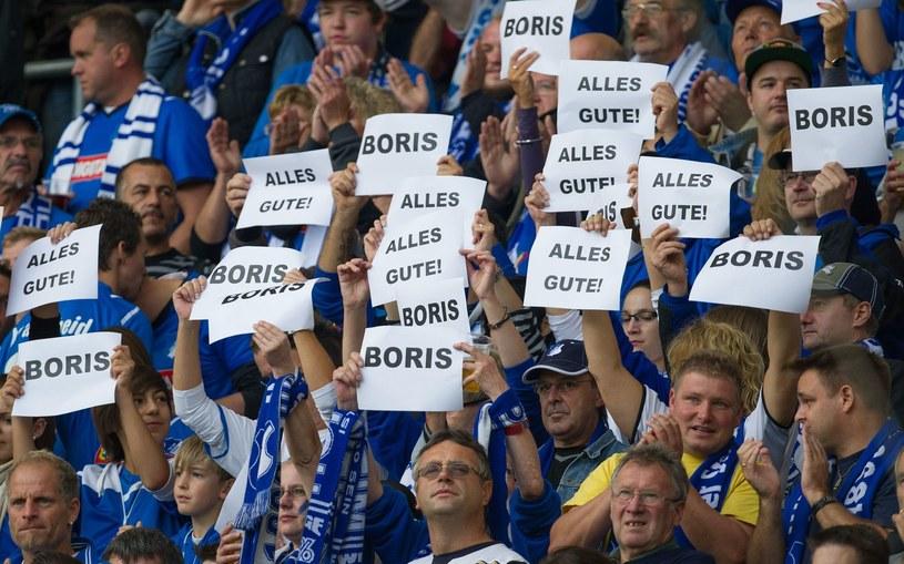 Kibice Hoffenheim wspierają Borisa Vukcevica /AFP