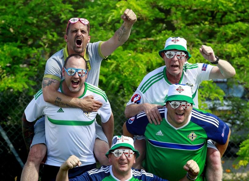 Kibice Irlandii Północnej wierzą w swój zespół /PAP/EPA