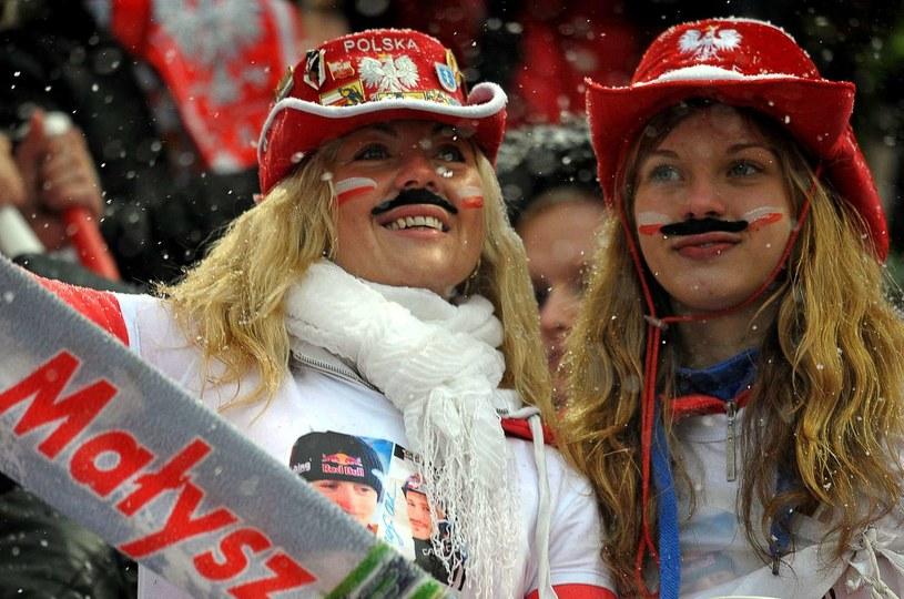 Kibice już zapuszczali wąsy dla Małysza, teraz robią to Norwegowie /AFP