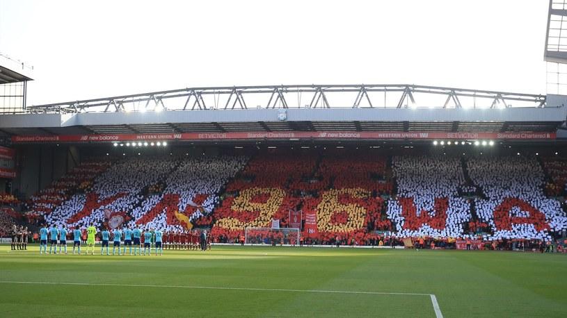 Kibice Liverpoolu pamiętają o ofiarach tragedii na Hillsborough /Getty Images
