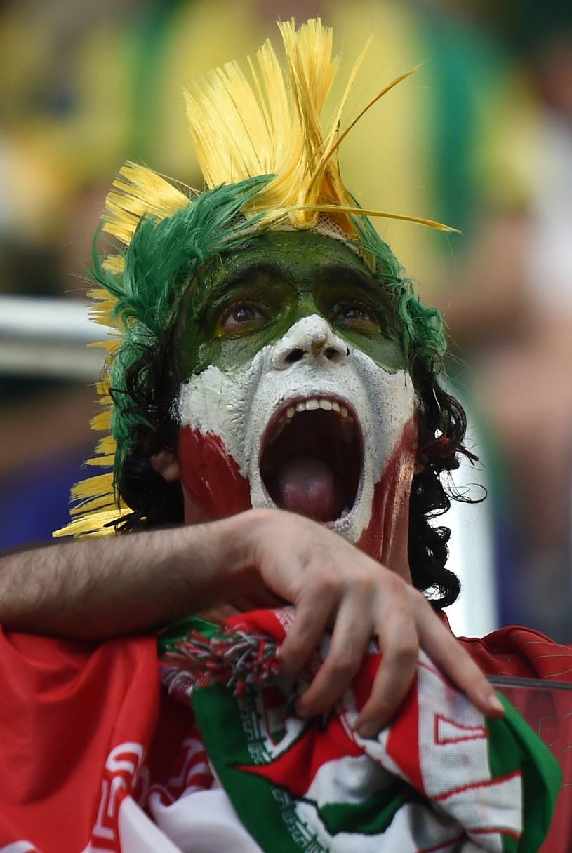 Kibice na stadionie w Kurytybie czekają na dobre widowisko /AFP