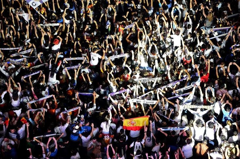 Kibice Realu liczą na zwycięstwo swoich ulubieńców /AFP