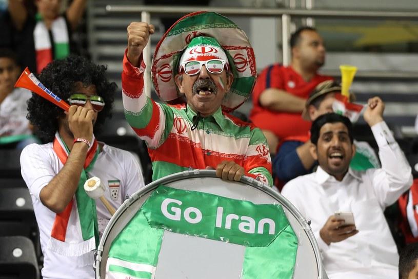 Kibice reprezentacji Iranu podczas meczu z Katarem w Dausze /AFP
