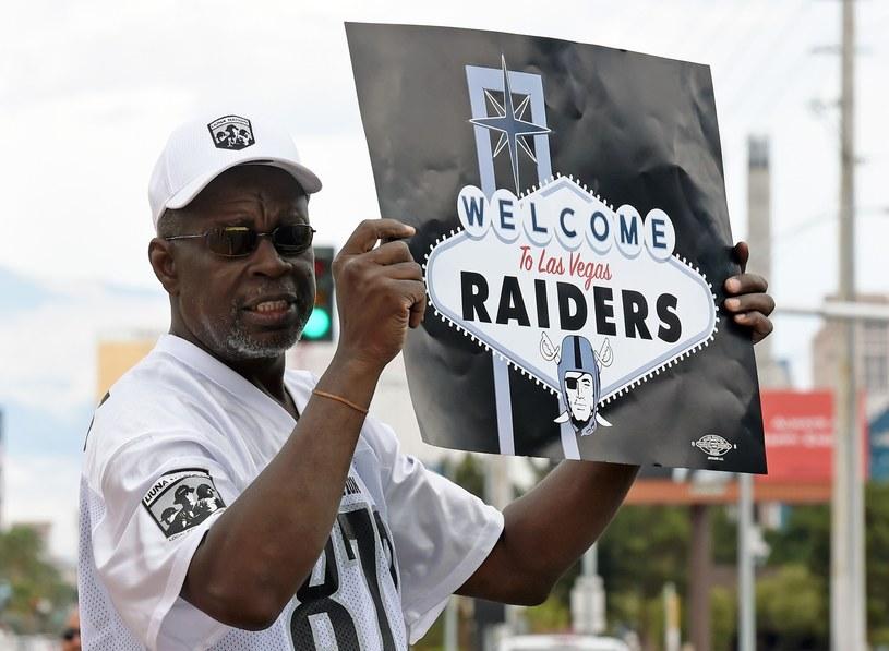 Kibice w Los Angeles już witają Raiders /AFP