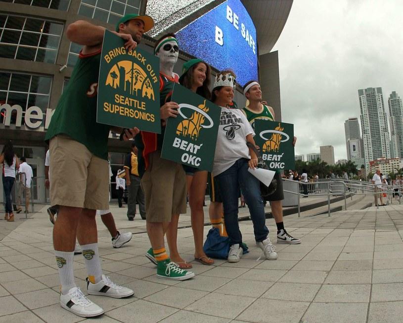 Kibice w Seattle stęsknili się za koszykówką. /AFP