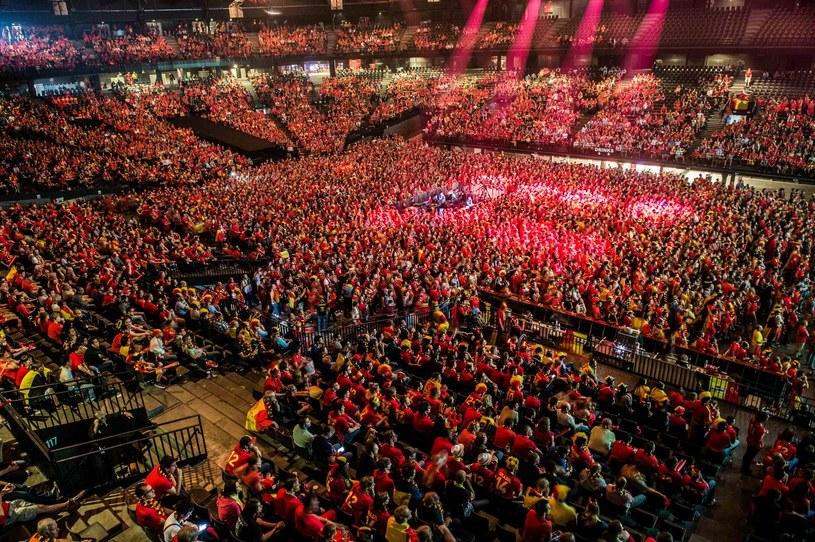 Kibice w Sportpaleis w Antwerpii /AFP