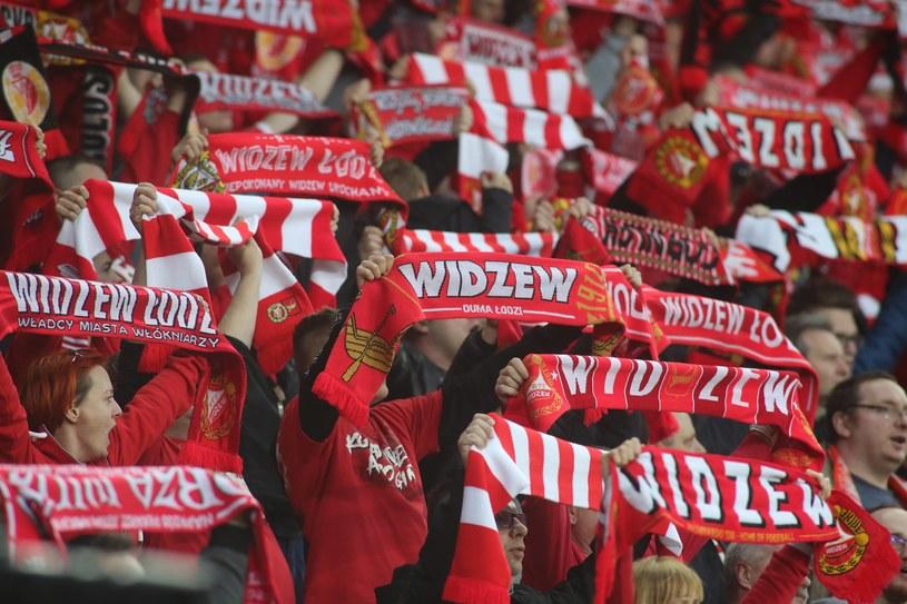 Kibice Widzewa Łódź /Marian Zubrzycki/400mm.pl / NEWSPIX.PL /Newspix