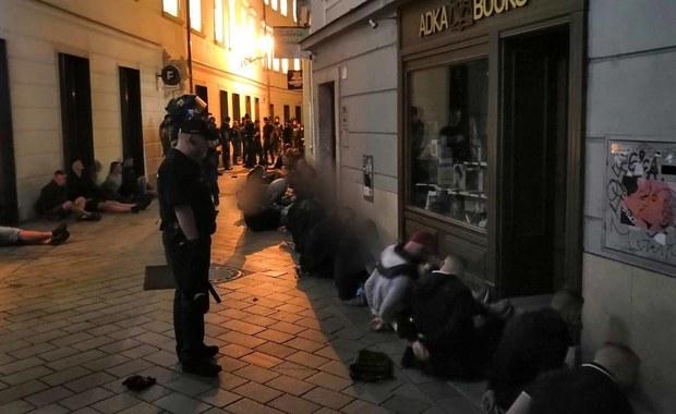 Kibole Cracovii starli się z Bułgarami w Bratysławie. Ponad 100 zatrzymanych, są ranni
