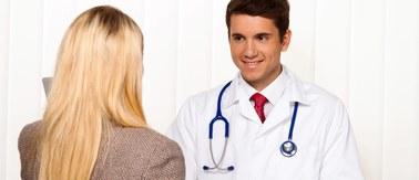 Kiedy do ginekologa? Najtrudniejszy pierwszy raz