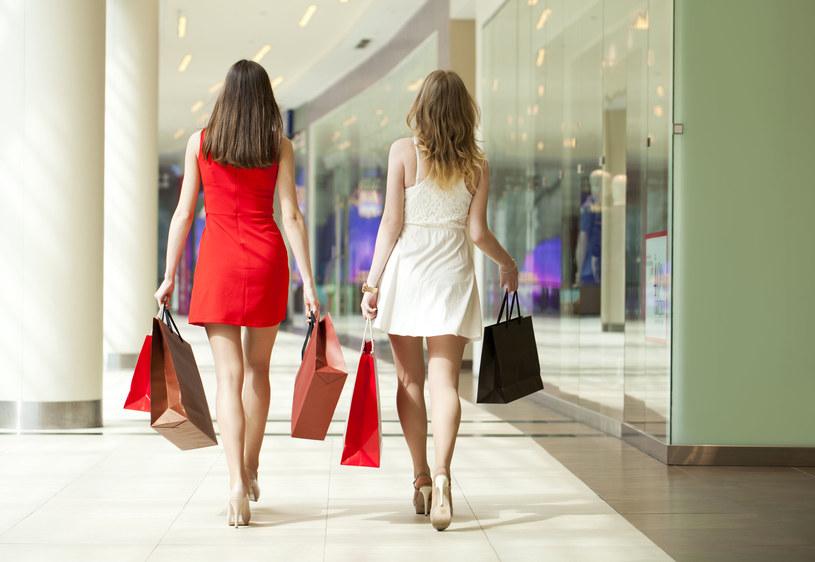 Kiedy galerie handlowe wrócą do normalności? /123RF/PICSEL