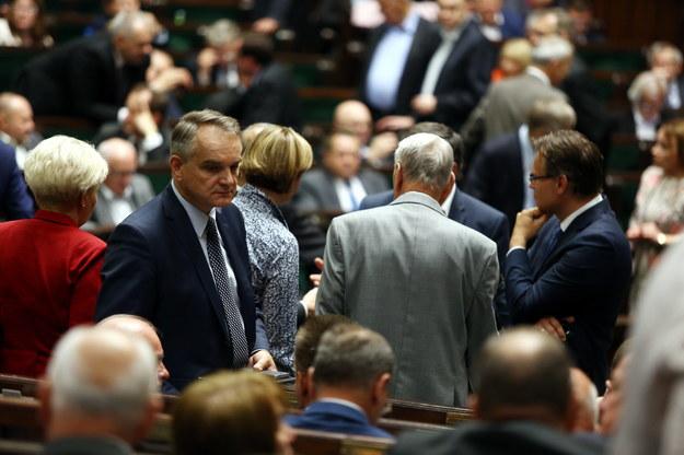 Kiedy głosowanie ws. szefa MSW? Wielkie zamieszanie w Sejmie