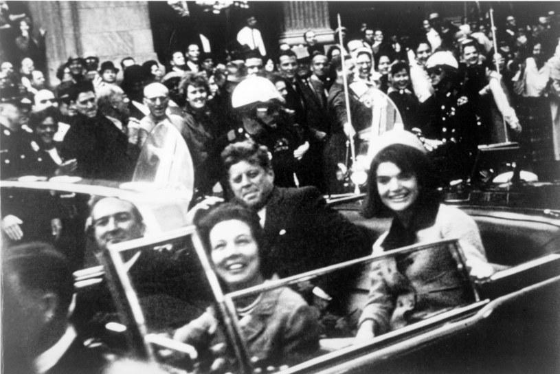Kiedy Harry S. Truman zakładał w 1947 roku CIA, rekrutowała ona swój personel na elitarnych uniwersytetach. Fakt, że po zamordowaniu prezydenta USA Johna F. Kennedy'ego prezydentem został mason, Lyndon B. Johnson, do dziś pozostaje powodem spekulacji /Getty Images