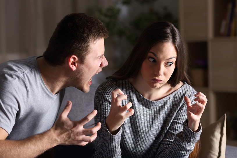 Kiedy masz problem problem z wyrażaniem swoich myśli i uczuć, łatwo wpadasz w gniew /123RF/PICSEL