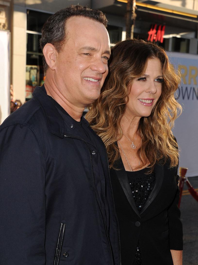 """Kiedy w 1985 r. na planie filmu """"Ochotnicy"""" Tom poznał charyzmatyczną Ritę Wilson, zakochał się w niej od pierwszego wejrzenia /Getty Images/Flash Press Media"""