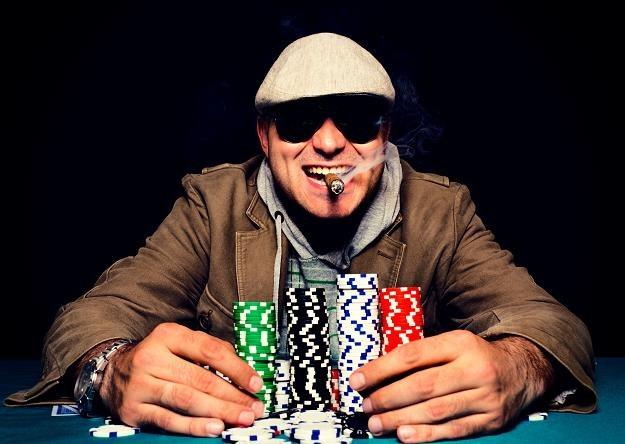 Kiedy w Polsce będzie można legalnie grać w pokera? /©123RF/PICSEL
