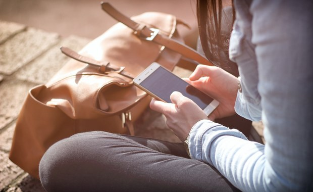 Kiedy warto przywrócić ustawienia fabryczne w telefonie?