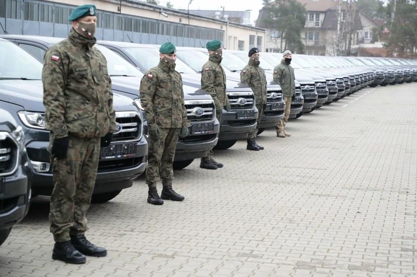 Kiedy wojsko może zarekwirować nasz samochód? /Piotr Małecki /Agencja SE/East News