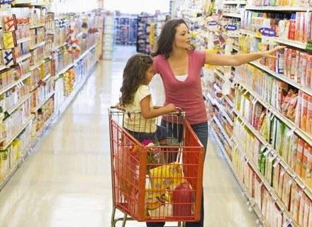 Kiedy wybierasz produkty żywnościowe, zwracasz uwagę, żeby były zdrowe /© Panthermedia