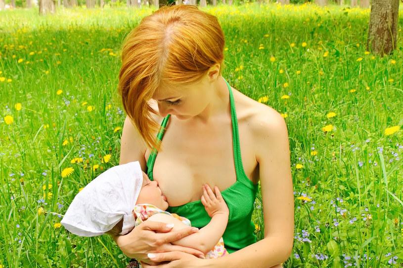 Kiedyś kobietę w ciąży chorą na raka stawiano przed wyborem: zdrowie albo dziecko /123RF/PICSEL