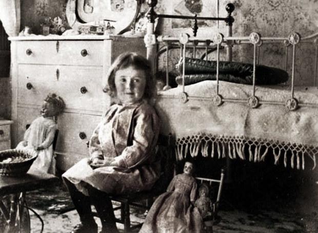 Kiedyś maluchy nie miały łatwego życia /Agnieszka Lisak – blog historyczno-obyczajowy