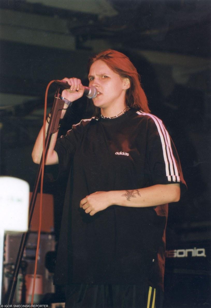 Kiedyś piosenkarka wyglądała całkiem inaczej! /Igor Snieciński /Reporter