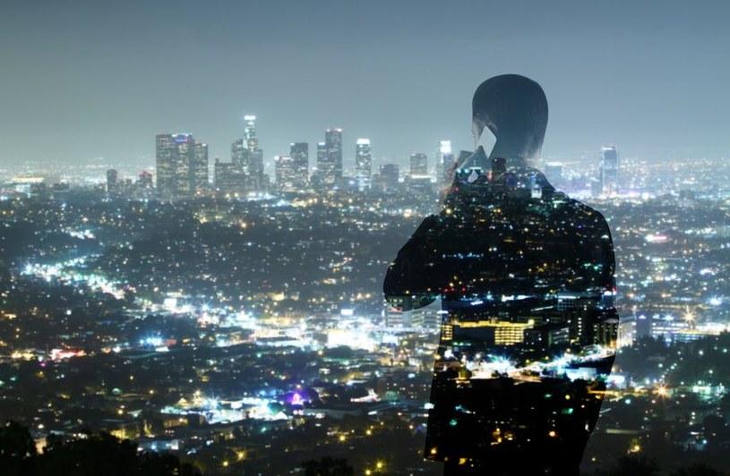 Kiedyś wszyscy będziemy żyć w inteligentnych miastach /123RF/PICSEL