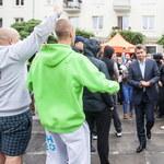 Kielce: Grupa kilkudziesięciu osób zakłóciła konferencję Palikota