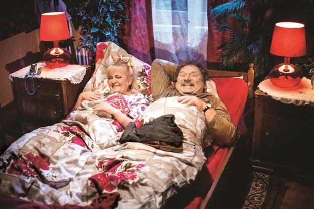 Kiepscy (Marzena Kipiel-Sztuka i  Andrzej Grabowski) raz się śmieją, raz kłócą, ale nigdy się ze sobą nie nudzą. /Mat. Prasowe