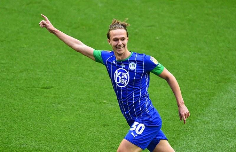 Kieran Dowell zaliczył świetny występ. Przeciwko Wigan zdobył trzy bramki /Nathan Stirk /Getty Images