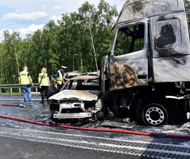 Kierowca ciężarówki spowodował karambol na A6?
