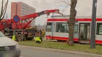 Kierowca ciężarówki wjechał wprost pod tramwaj