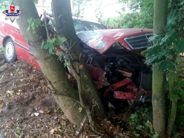 Kierowca i pasażer byli pijani /
