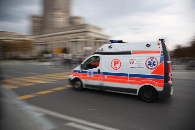 Kierowca karetki nie ma łatwego życia... / Fot: Andrzej Iwańczuk /Reporter