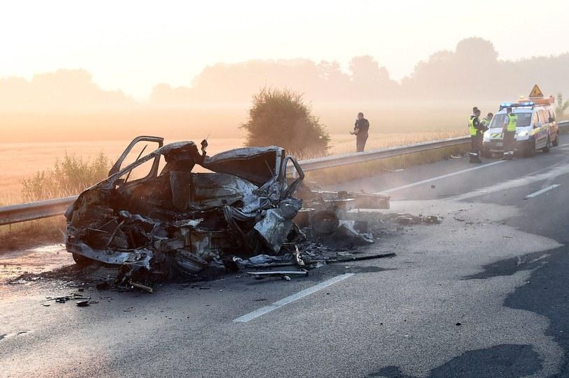 Kierowca, który zginął we Francji, to Polak z woj. śląskiego /PAP/EPA