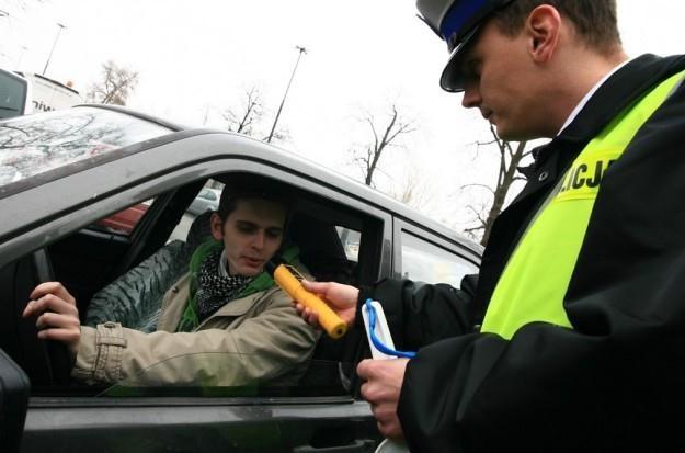 Kierowca może odmówić dmuchania / Fot: Jacek Waszkiewicz /Reporter