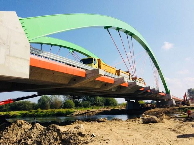 Kierowcy będą mogli korzystać z nowego mostu pod koniec września /Agnieszka  Wyderka /RMF FM