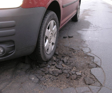 Kierowcy kontra dziury