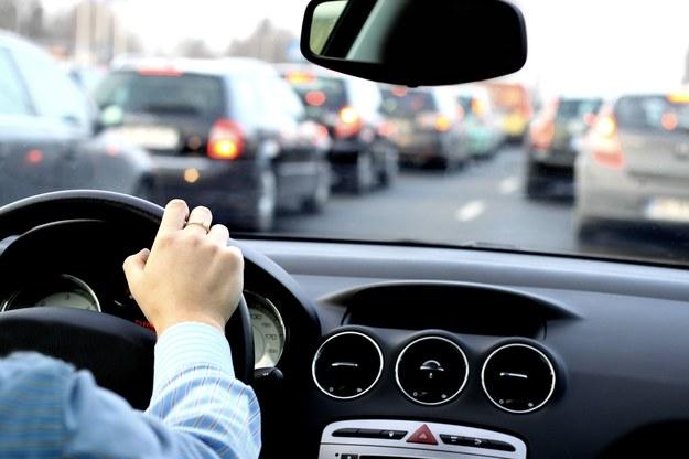 Kierowcy muszą wykazać się cierpliwością... /123/RF PICSEL