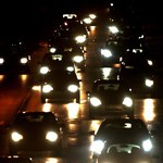 Kierowcy, noga z gazu! Trudne warunki na drogach
