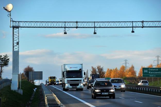 Kierowcy płacą do budżetu 50 mld zł / Fot: Wojciech Stróżyk /Reporter