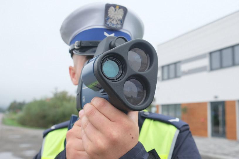 Kierowcy tracą prawa jazdy i będą tracić /Łukasz Solski /East News