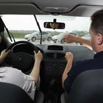 Kierownica może połamać palce!