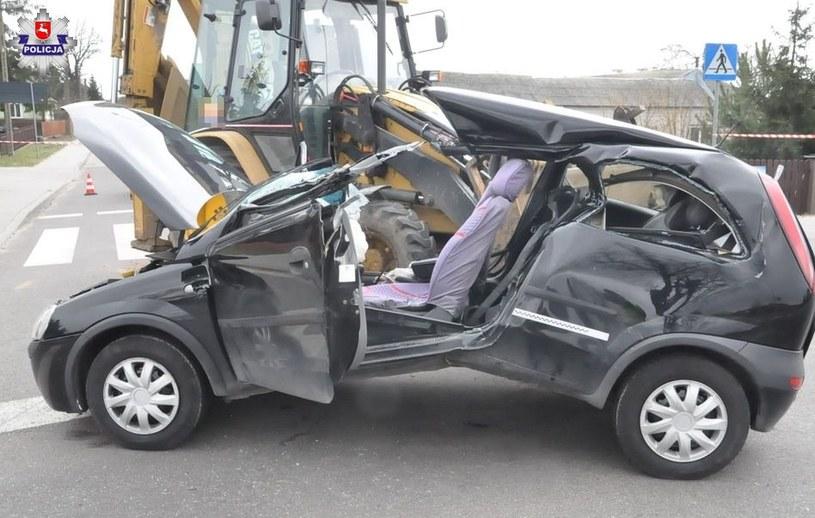 Kierująca została poważnie ranna /
