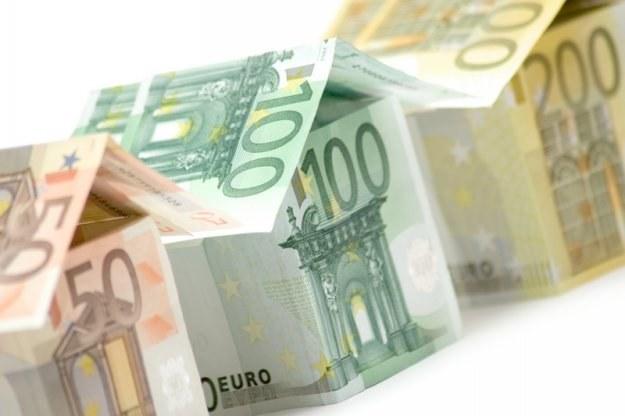 Kilka banków wprowadziło letnie oferty kredytów hipotecznych /© Panthermedia