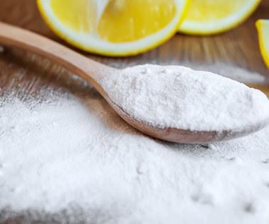 Kilka genialnych zastosowań kwasku cytrynowego. Do czego go użyć?