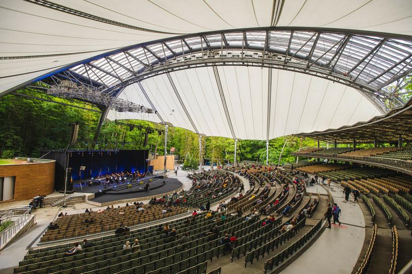 Kilka lat temu Opera Leśna w Sopocie zyskała nowe zadaszenie /Karol Makurat/REPORTER /Reporter