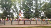 Kilkaset tysięcy pielgrzymów wzięło udział w inauguracyjnej mszy św. na Błoniach