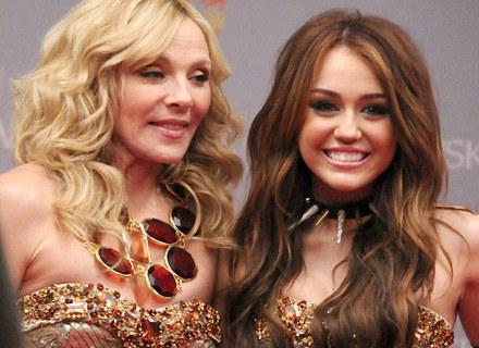 """Kim Cattrall i Miley Cyrus na planie """"Seksu w wielkim mieście 2"""" /Agencja FORUM"""