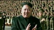 Kim Dzong Un bez laski. Wyzdrowiał?