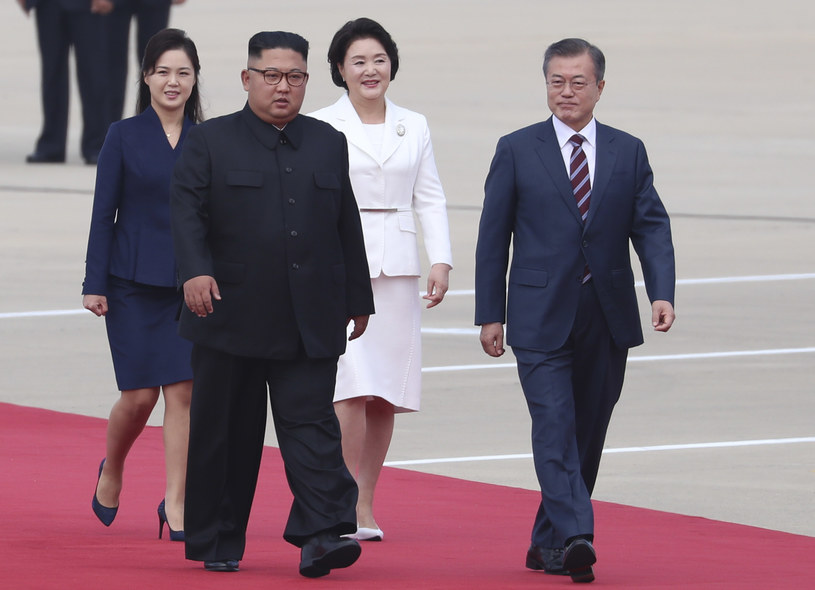 Kim Dzong Un z żoną /Ryu Seung-il /Agencja FORUM